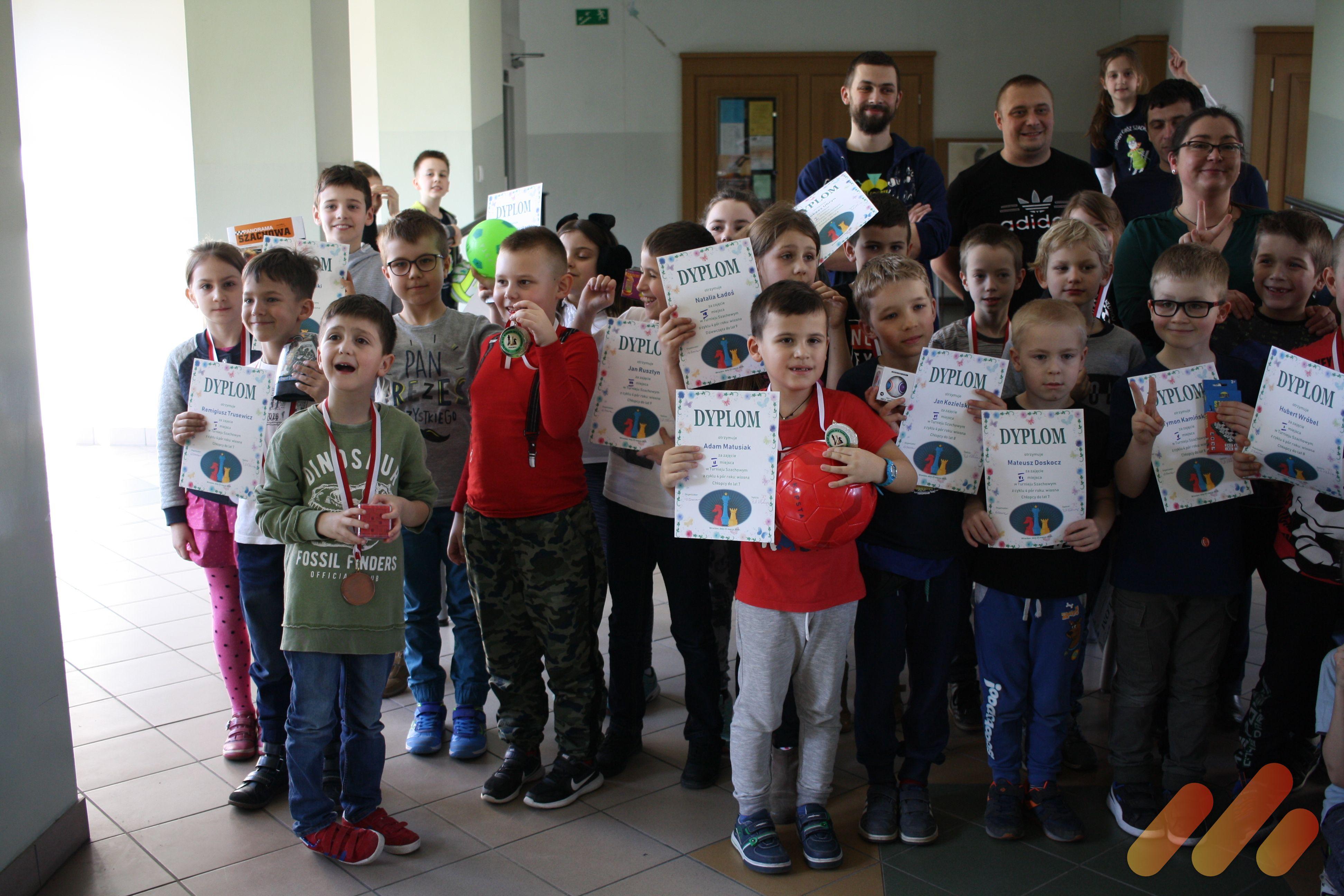 CYKL 4 PÓR ROKU KS AZS Wratislavia Wiosna Turniej do 9 lat